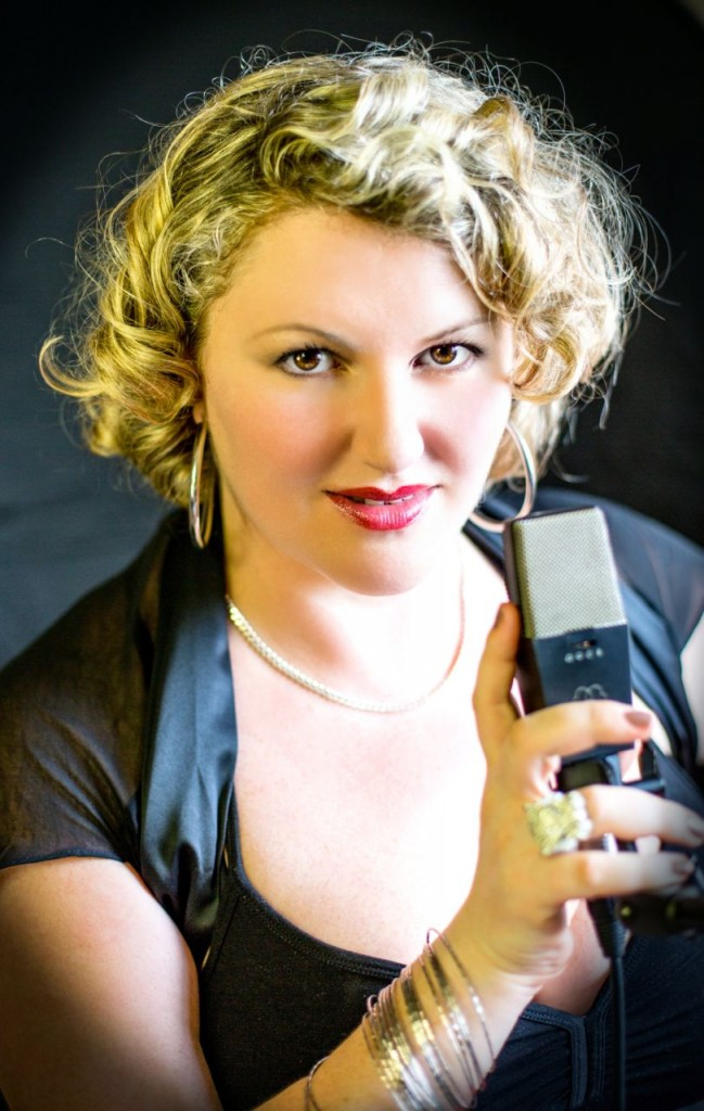 Inna & AEG Mikrofon